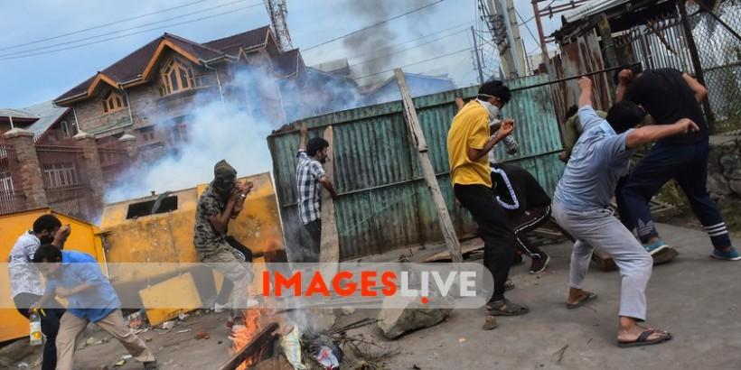 MuzamilMattoo_ProtestsClashesin_Kash.width-840.watermark