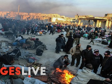 Thousands of  Syrians have been living in the streets of the besieged eastern Aleppo over the last few days as they waited for  buses to evacuate them into opposition-held areas